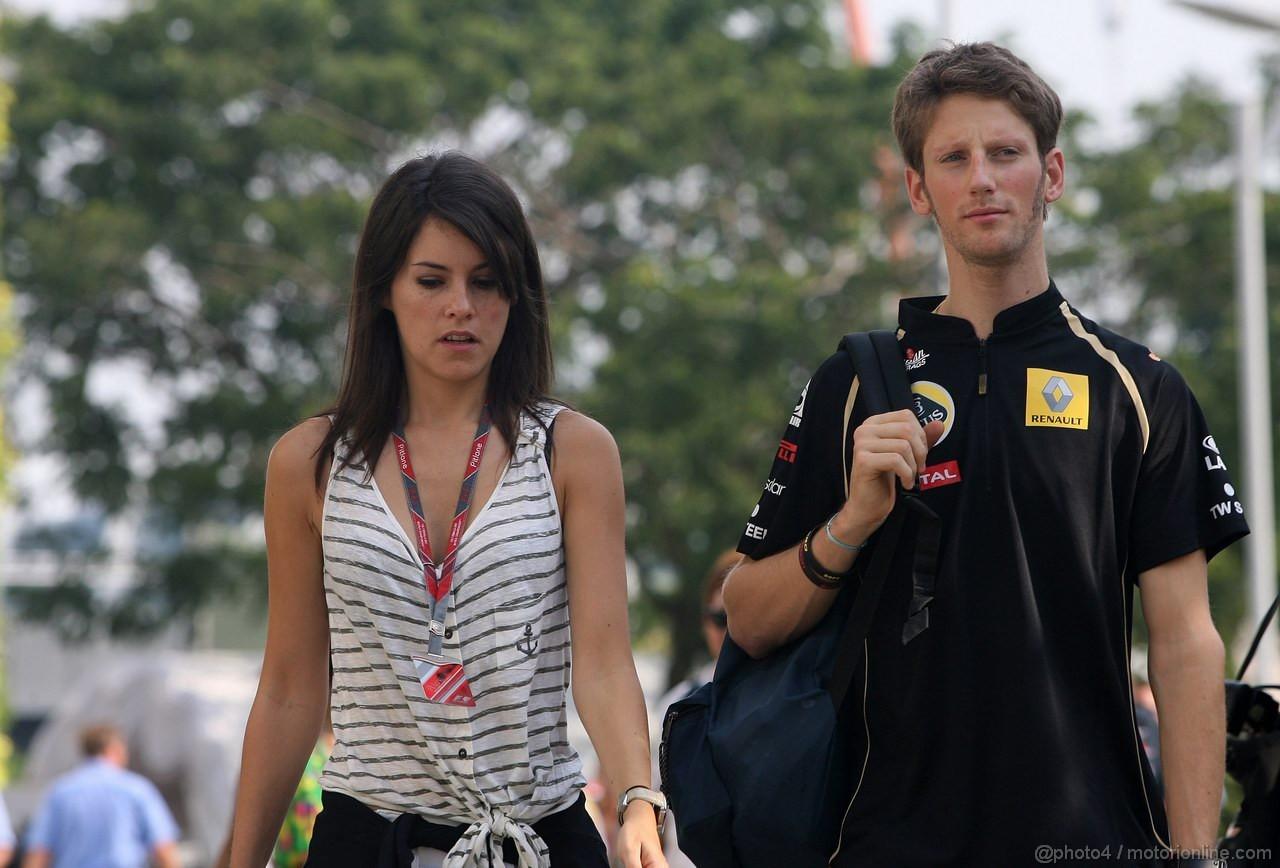 GP SINGAPORE, 23.09.2011- Romain Grosjean (FRA), DAMS e Domenica Marion Jolles (FRA)