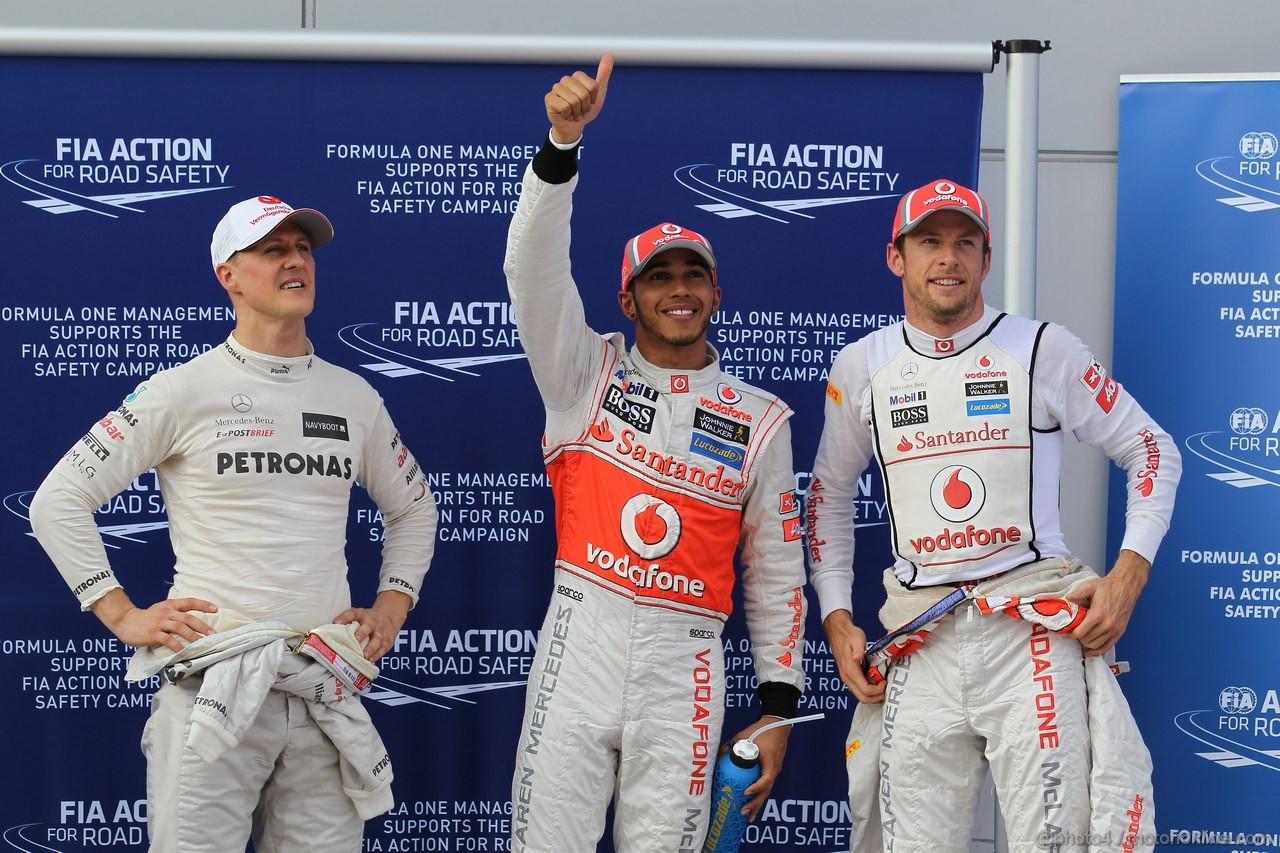 GP MALESIA, 24.03.2012- Qualifiche, Michael Schumacher (GER) Mercedes AMG F1 W03 terzo, Lewis Hamilton (GBR) McLaren Mercedes MP4-27 pole position e Jenson Button (GBR) McLaren Mercedes MP4-27 secondo