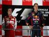 GP SINGAPORE, 22.09.2013- Podium: Sebastian Vettel (GER) Red Bull Racing RB9 (vincitore), Fernando Alonso (ESP) Ferrari F138 (secondo) e Kimi Raikkonen (FIN) Lotus F1 Team E21 (terzo)