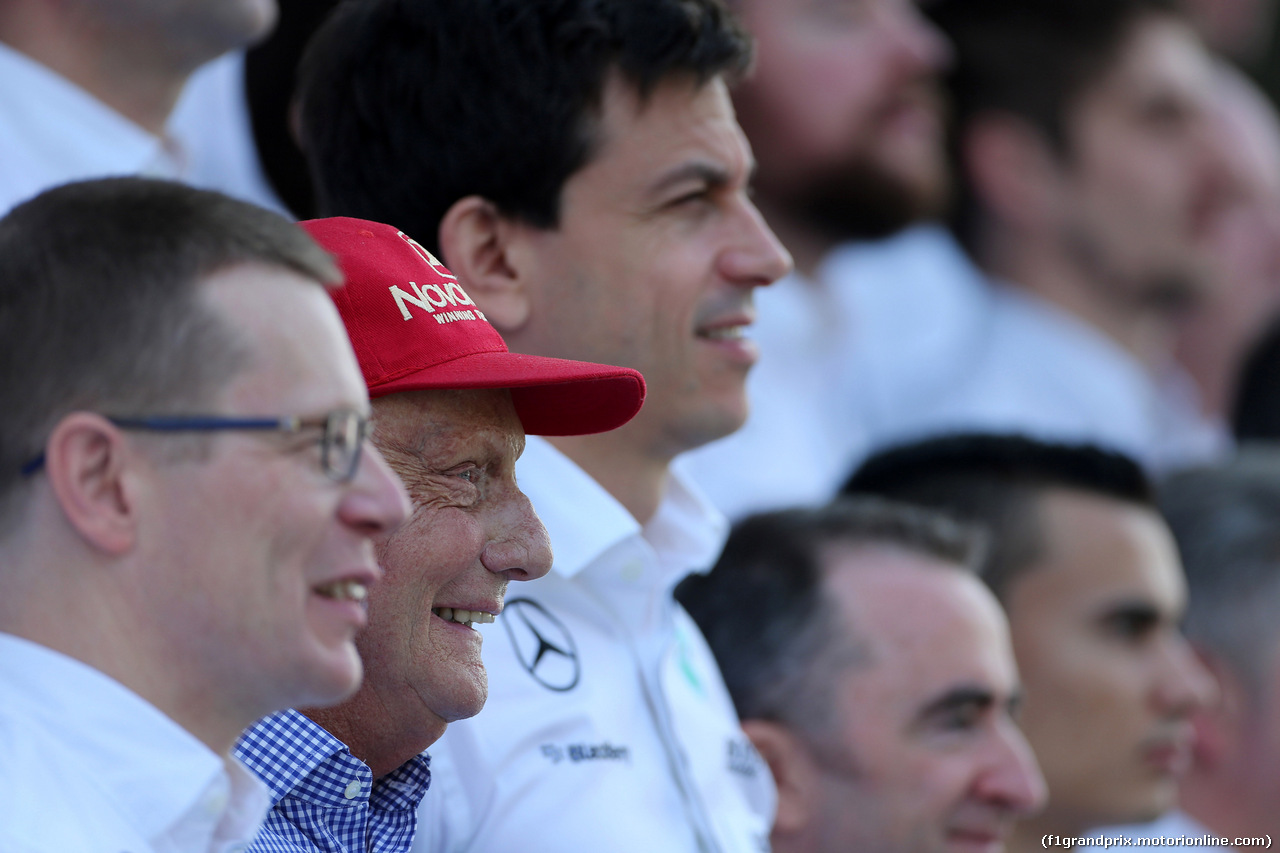 GP ABU DHABI, 29.11.2015 - Nikki Lauda (AU), Mercedes e Toto Wolff (GER) Mercedes AMG F1 Shareholder e Executive Director
