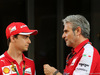 GP ABU DHABI, 28.11.2015 - Esteban Gutierrez (MEX) Ferrari Test e Reserve Driver e Maurizio Arrivabene (ITA) Ferrari Team Principal