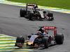 GP BRASILE, 15.11.2015 - Gara, Max Verstappen (NED) Scuderia Toro Rosso STR10 davanti a Romain Grosjean (FRA) Lotus F1 Team E23