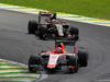GP BRASILE, 15.11.2015 - Gara, Alexander Rossi (USA) Manor Marussia F1 Team davanti a Pastor Maldonado (VEN) Lotus F1 Team E23