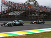 GP BRASILE, 15.11.2015 - Gara, Lewis Hamilton (GBR) Mercedes AMG F1 W06 e Sergio Perez (MEX) Sahara Force India F1 VJM08