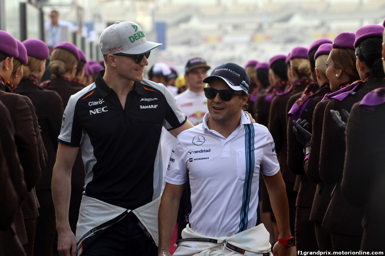 GP ABU DHABI, 27.11.2016 - Nico Hulkenberg (GER) Sahara Force India F1 VJM09 e Felipe Massa (BRA) Williams FW38