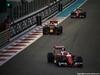 GP ABU DHABI, 27.11.2016 - Gara, Kimi Raikkonen (FIN) Ferrari SF16-H davanti a Daniel Ricciardo (AUS) Red Bull Racing RB12 e Sebastian Vettel (GER) Ferrari SF16-H