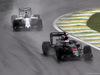 GP BRASILE, 13.11.2016 - Gara, Fernando Alonso (ESP) McLaren Honda MP4-31 davanti a Valtteri Bottas (FIN) Williams FW38