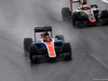 GP BRASILE, 13.11.2016 - Gara, Pascal Wehrlein (GER) Manor Racing MRT05 e Esteban Gutierrez (MEX) Haas F1 Team VF-16