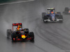 GP BRASILE, 13.11.2016 - Gara, Daniel Ricciardo (AUS) Red Bull Racing RB12 e Felipe Nasr (BRA) Sauber C34