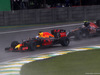 GP BRASILE, 13.11.2016 - Gara, Daniel Ricciardo (AUS) Red Bull Racing RB12 e Carlos Sainz Jr (ESP) Scuderia Toro Rosso STR11