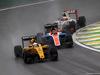 GP BRASILE, 13.11.2016 - Gara, Kevin Magnussen (DEN) Renault Sport F1 Team RS16, Pascal Wehrlein (GER) Manor Racing MRT05 e Esteban Gutierrez (MEX) Haas F1 Team VF-16