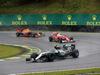 GP BRASILE, 13.11.2016 - Gara, Nico Rosberg (GER) Mercedes AMG F1 W07 Hybrid davanti a Kimi Raikkonen (FIN) Ferrari SF16-H