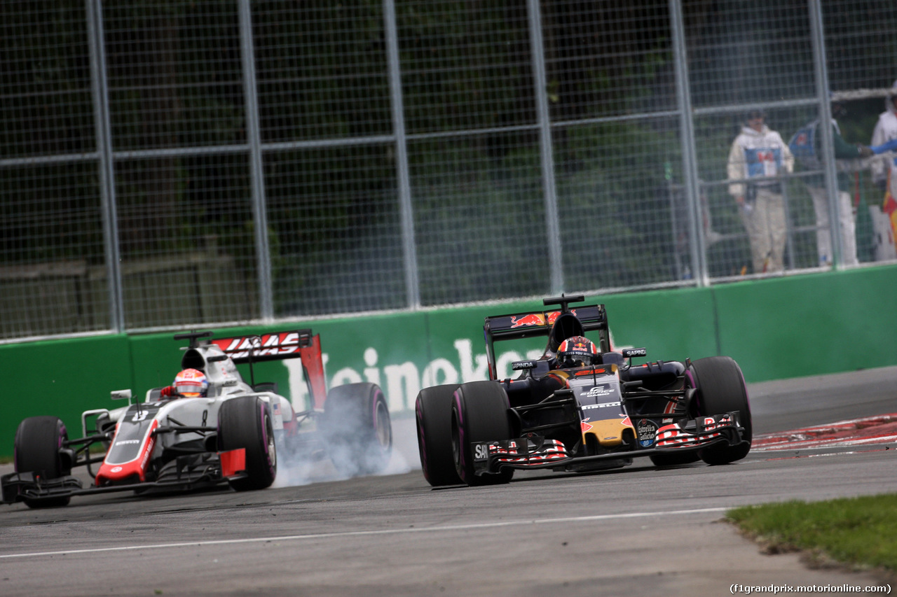 Grosjean, forse per paura di essere stato confuso con una SF-16H date le somiglianze, lascia pista libera al russo della Toro Rosso