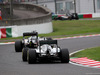 GP GIAPPONE, 09.10.2016 - Gara, Lewis Hamilton (GBR) Mercedes AMG F1 W07 Hybrid e Nico Hulkenberg (GER) Sahara Force India F1 VJM09