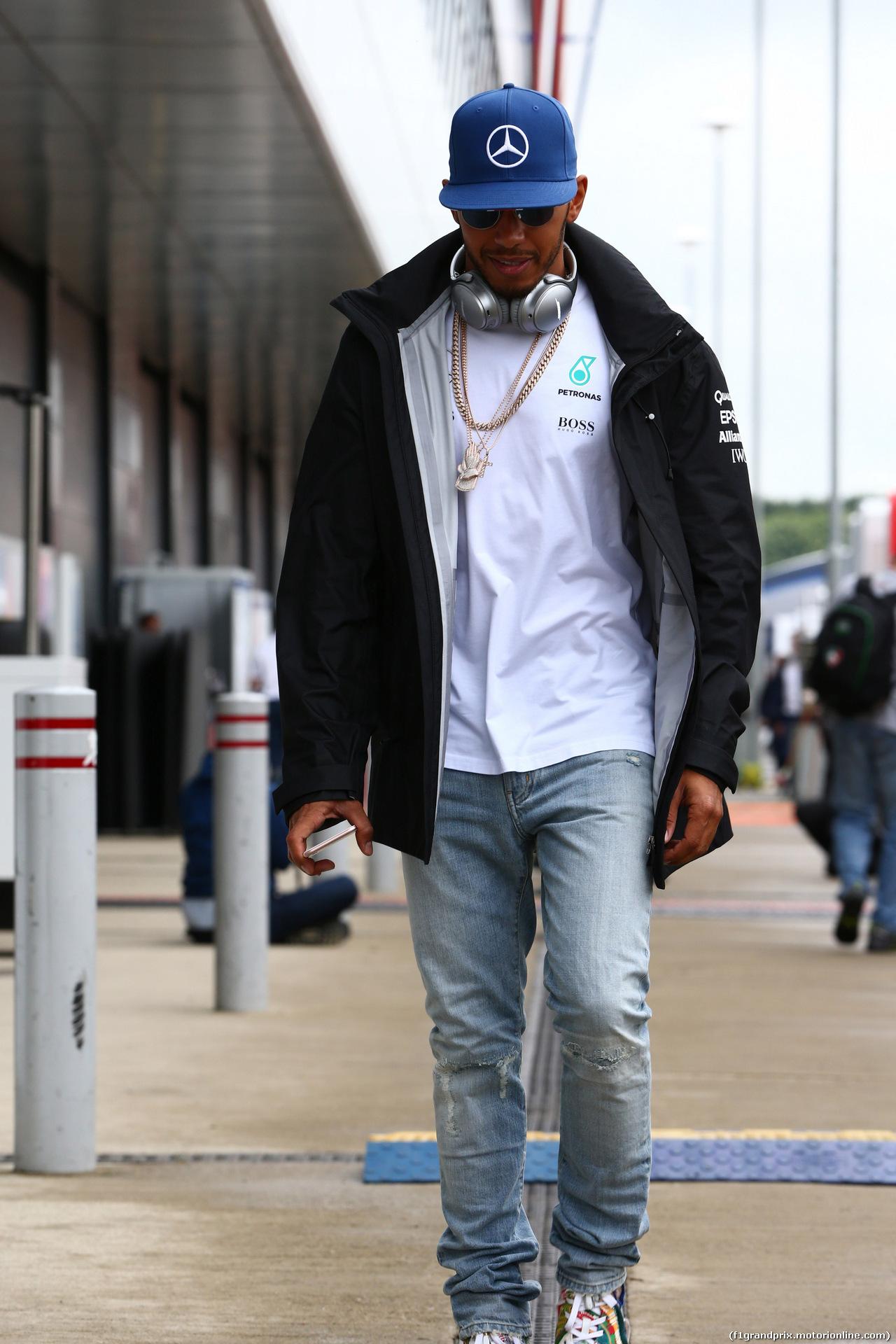 GP GRAN BRETAGNA, 10.07.2016 - Lewis Hamilton (GBR) Mercedes AMG F1 W07 Hybrid