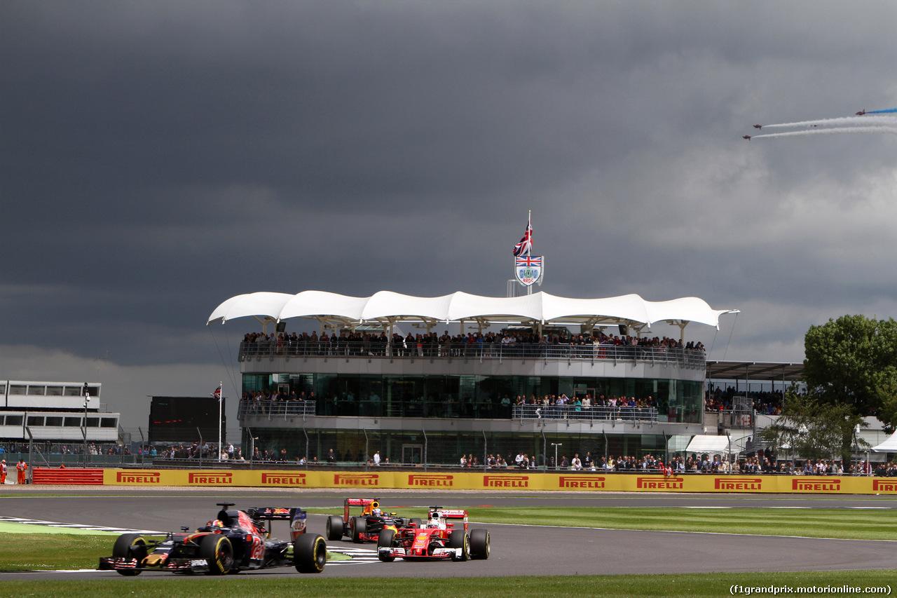 GP GRAN BRETAGNA, 10.07.2016 - Gara, Daniil Kvyat (RUS) Scuderia Toro Rosso STR11