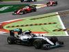 GP ITALIA, 04.09.2016 - Gara, Nico Rosberg (GER) Mercedes AMG F1 W07 Hybrid davanti a Sebastian Vettel (GER) Ferrari SF16-H