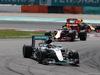 GP MALESIA, 02.10.2016 - Gara, Lewis Hamilton (GBR) Mercedes AMG F1 W07 Hybrid davanti a Daniel Ricciardo (AUS) Red Bull Racing RB12