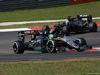 GP MALESIA, 02.10.2016 - Gara, Nico Hulkenberg (GER) Sahara Force India F1 VJM09 davanti a Fernando Alonso (ESP) McLaren Honda MP4-31