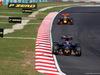 GP MALESIA, 02.10.2016 - Gara, Daniil Kvyat (RUS) Scuderia Toro Rosso STR11 davanti a Daniel Ricciardo (AUS) Red Bull Racing RB12
