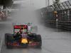 GP MONACO, 29.05.2016 - Gara, Daniel Ricciardo (AUS) Red Bull Racing RB12 e Lewis Hamilton (GBR) Mercedes AMG F1 W07 Hybrid