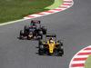 GP SPAGNA, 15.05.2016- Gara 2, Daniil Kvyat (RUS) Scuderia Toro Rosso STR11 e Kevin Magnussen (DEN) Renault Sport F1 Team RS16