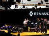 RENAULT F1 PRESENTAZIONE 2016, Frederic Vasseur (FRA) Renault Sport Formula One Team Racing Director, Carlos Ghosn (FRA) Chairman of Renault, Kevin Magnussen (DEN) Renault Sport Formula One Team, Jolyon Palmer (GBR), Renault Sport Formula One Team e Esteban Ocon (FRA), Renault Sport Formula One Team  03.02.2016.