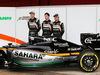 TEST F1 BARCELLONA 22 FEBBRAIO, (L to R): Nico Hulkenberg (GER) Sahara Force India F1 with Alfonso Celis Jr (MEX) Sahara Force India F1 Development Driver e Sergio Perez (MEX) Sahara Force India F1 e the Sahara Force India F1 VJM09. 22.02.2016.