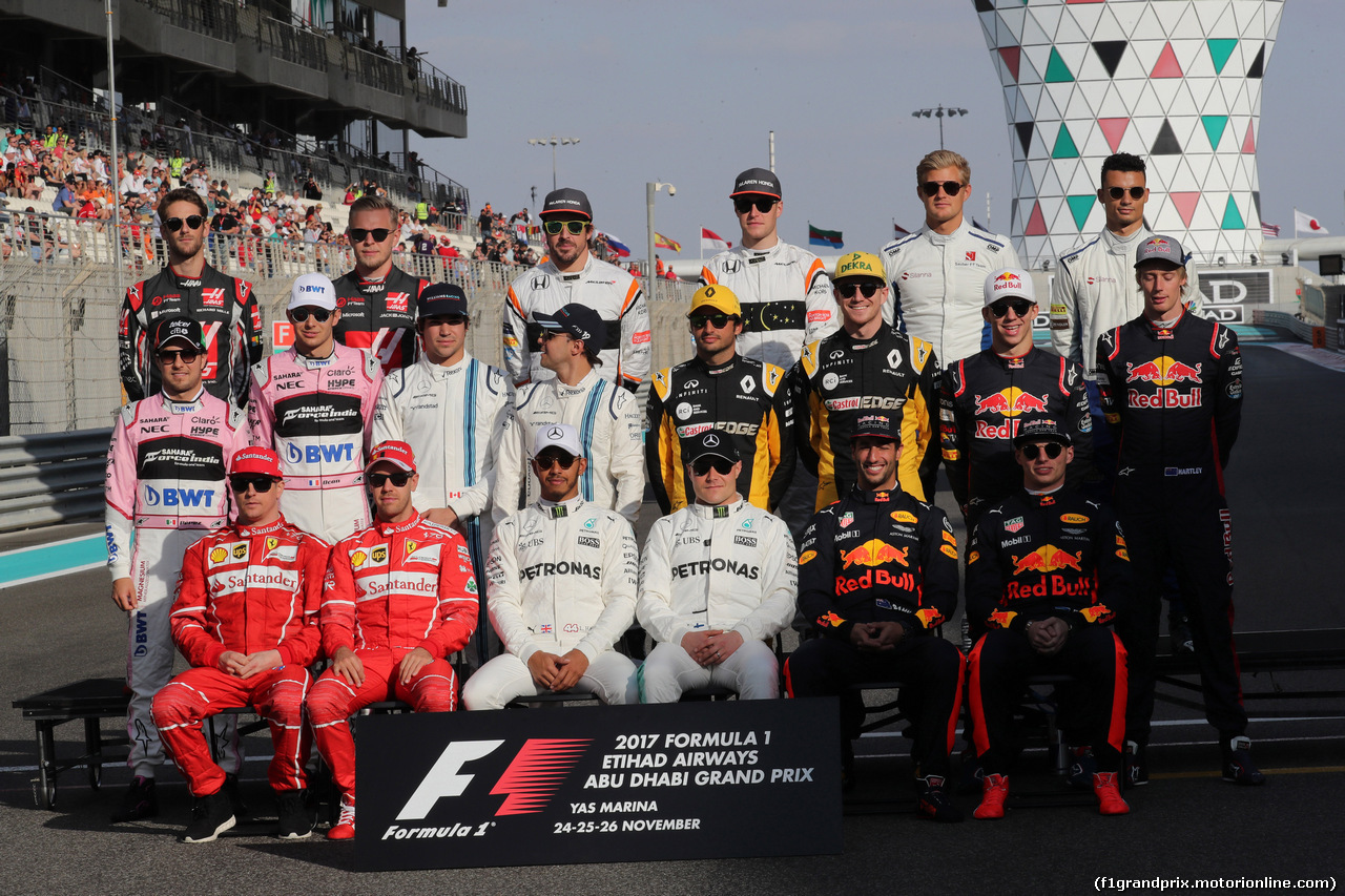GP ABU DHABI, 26.11.2017 - End of year F1 drivers's photograph