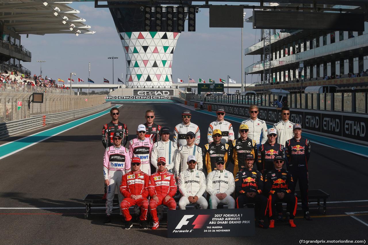 GP ABU DHABI, 26.11.2017 - End of year F1 drivers's photograph, Felipe Massa (BRA) Williams FW40