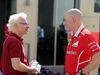 GP ABU DHABI, 25.11.2017 - Free Practice 3, Jacques Villeneuve (CAN) e Jock Clear (GBR) Ferrari Engineering Director