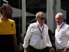 GP AUSTRALIA, 26.03.2017 - Cyril Abiteboul (FRA) Renault Sport F1 Managing Director, Jerome Stoll (FRA) Renault Sport F1 President e Helmut Marko (AUT), Red Bull Racing, Red Bull Advisor