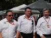 GP AUSTRALIA, 26.03.2017 - (L-R) Zak Brown (USA) McLaren Executive Director, Eric Boullier (FRA) McLaren Racing Director e Ross Brawn (GBR) Formula One Managing Director of Motorsports