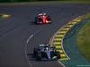 GP AUSTRALIA, 26.03.2017 - Gara, Lewis Hamilton (GBR) Mercedes AMG F1 W08 e Sebastian Vettel (GER) Ferrari SF70H
