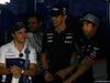 GP BAHRAIN, 16.04.2017 - Felipe Massa (BRA) Williams FW40 , e Sergio Perez (MEX) Sahara Force India F1 VJM010 Esteban Ocon (FRA) Sahara Force India F1 VJM10