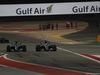 GP BAHRAIN, 16.04.2017 - Gara, Valtteri Bottas (FIN) Mercedes AMG F1 W08 e Lewis Hamilton (GBR) Mercedes AMG F1 W08