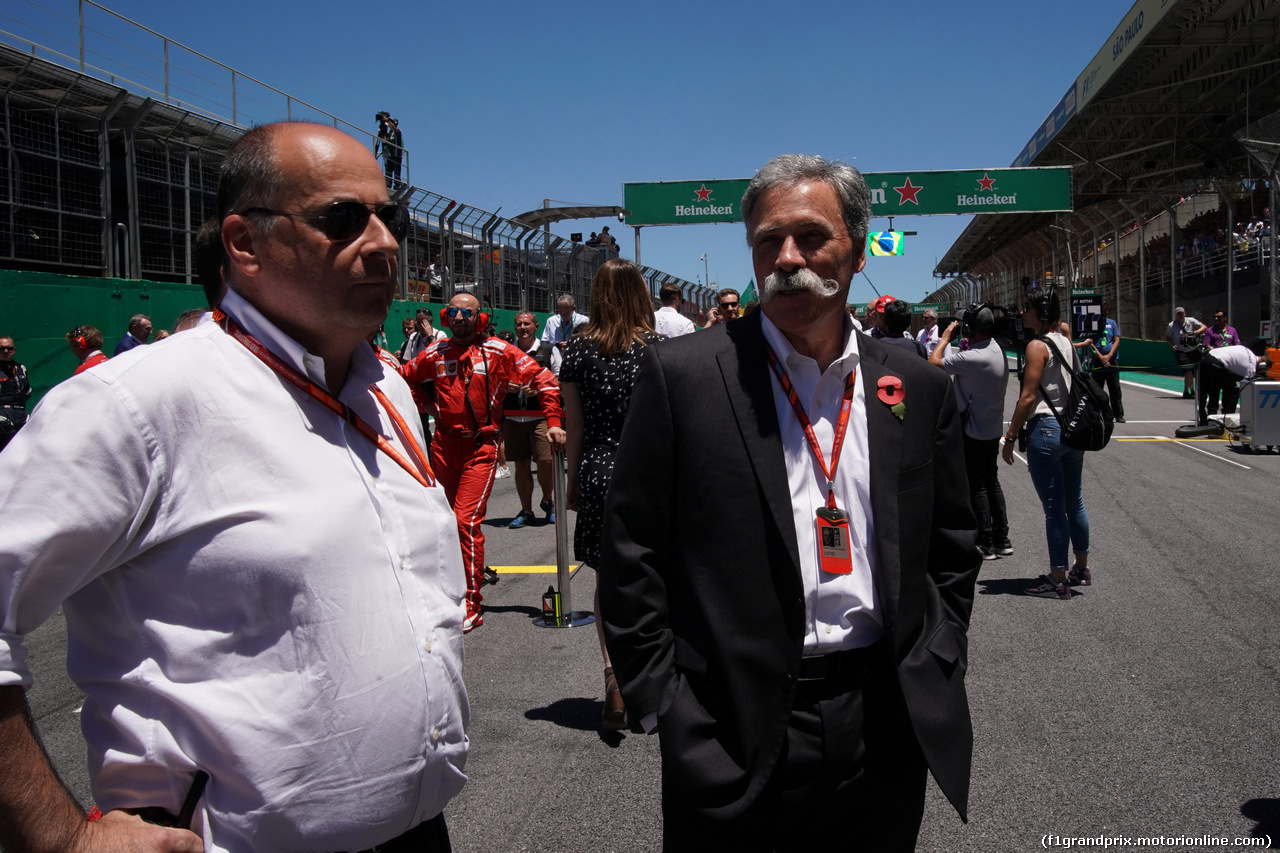GP BRASILE, 12.11.2017 - Gara, Luca Colajanni (ITA), Formula One Senior Communications Officer e Chase Carey (USA) Formula One Group Chairman