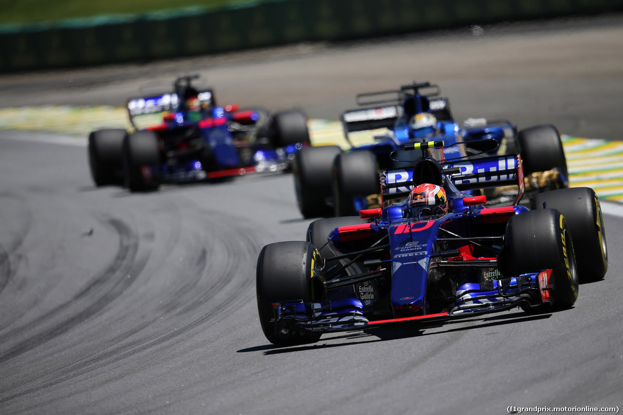 GP BRASILE, 12.11.2017 - Gara, Pierre Gasly (FRA) Scuderia Toro Rosso STR12