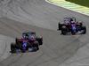 GP BRASILE, 12.11.2017 - Gara, Brendon Hartley (NZL) Scuderia Toro Rosso STR12 e Pierre Gasly (FRA) Scuderia Toro Rosso STR12