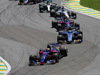 GP BRASILE, 12.11.2017 - Gara, Pierre Gasly (FRA) Scuderia Toro Rosso STR12 e Marcus Ericsson (SUE) Sauber C36