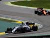 GP BRASILE, 12.11.2017 - Gara, Felipe Massa (BRA) Williams FW40 e Fernando Alonso (ESP) McLaren MCL32