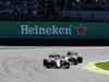GP BRASILE, 12.11.2017 - Gara, Felipe Massa (BRA) Williams FW40 e Lewis Hamilton (GBR) Mercedes AMG F1 W08