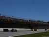 GP BRASILE, 12.11.2017 - Gara, Valtteri Bottas (FIN) Mercedes AMG F1 W08 e Kimi Raikkonen (FIN) Ferrari SF70H