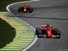 GP BRASILE, 12.11.2017 - Gara, Kimi Raikkonen (FIN) Ferrari SF70H davanti a Max Verstappen (NED) Red Bull Racing RB13