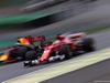 GP BRASILE, 11.11.2017 - Qualifiche, Daniel Ricciardo (AUS) Red Bull Racing RB13 e Sebastian Vettel (GER) Ferrari SF70H