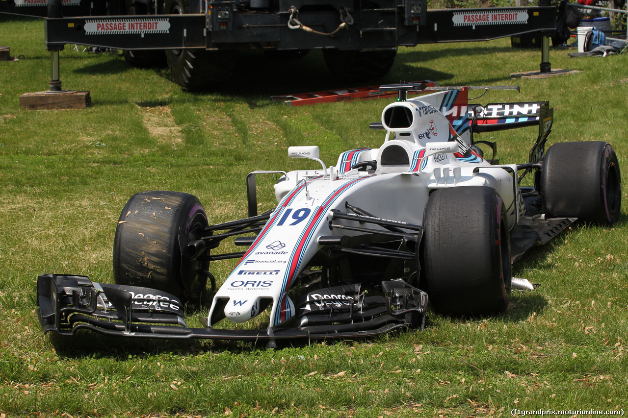 GP CANADA, 11.06.2017- Gara, Felipe Massa (BRA) Williams F1 Team FW40  after the crash