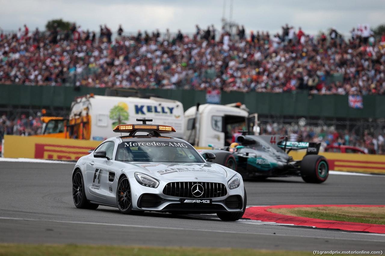 GP GRAN BRETAGNA, 16.07.2017 - Gara, The Safety car e Lewis Hamilton (GBR) Mercedes AMG F1 W08