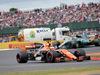 GP GRAN BRETAGNA, 16.07.2017 - Gara, Stoffel Vandoorne (BEL) McLaren MCL32 e Valtteri Bottas (FIN) Mercedes AMG F1 W08