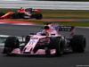 GP GRAN BRETAGNA, 15.07.2017 - Qualifiche, Sergio Perez (MEX) Sahara Force India F1 VJM010 e Stoffel Vandoorne (BEL) McLaren MCL32