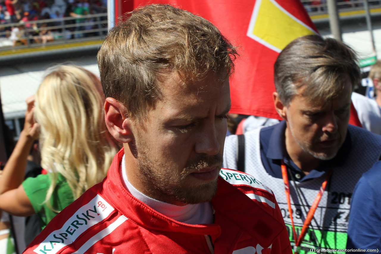 GP ITALIA, 03.09.2017- Gara, partenzaing grid Sebastian Vettel (GER) Ferrari SF70H
